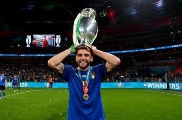 """Sassuolo, Berardi non convocato. Dionisi spiega: """"Ha preso una botta al  piede"""" - Viola News"""
